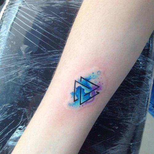 Tatuajes de tri ngulos y su genial significado en cada dise o - Tatuajes de pared ...