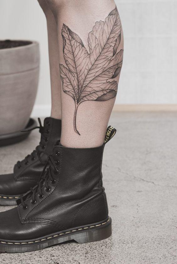 tatuajes en las piernas delicados mujer