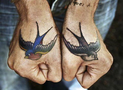 tatuajes en la mano 7 - Tatuajes en la mano diseños para hombres y mujeres con significado