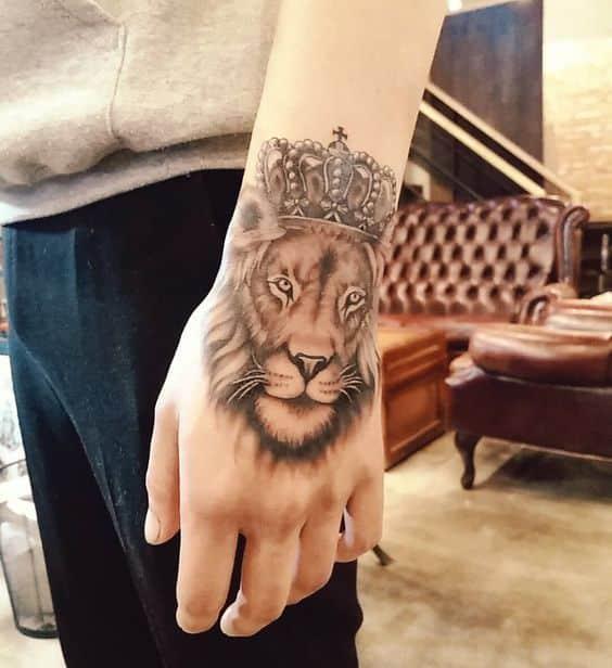 Tatuajes para hombres mano