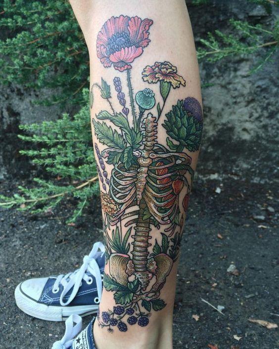 tatuajes en las piernas mujeres color 1 - 80 Tatuajes en las piernas para hombres y mujeres, tribales, delicados...