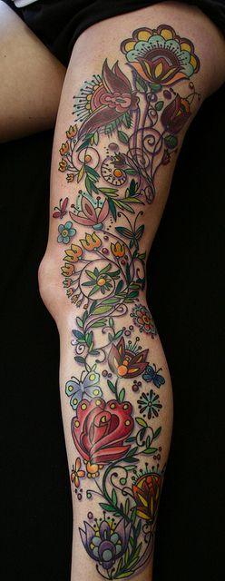 tatuajes en las piernas mujeres color 6 - 80 Tatuajes en las piernas para hombres y mujeres, tribales, delicados...