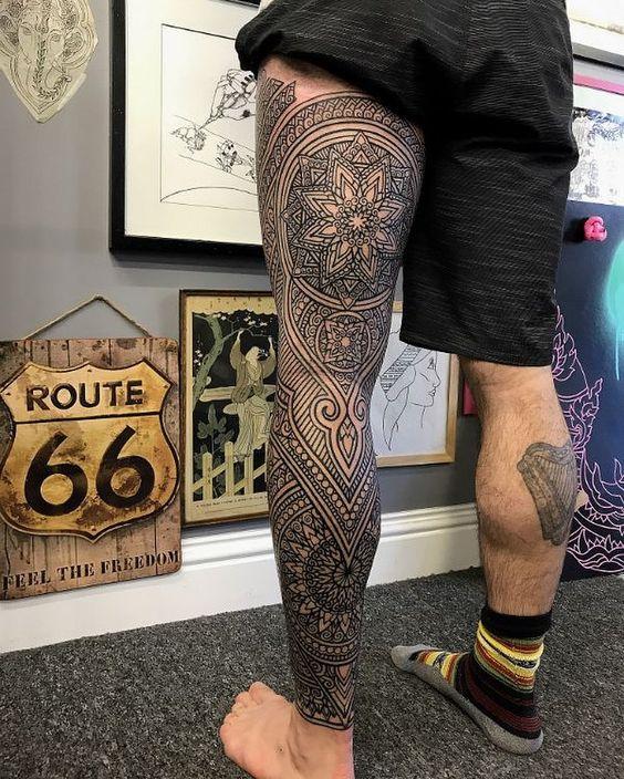 Tatuajes para hombres pierna