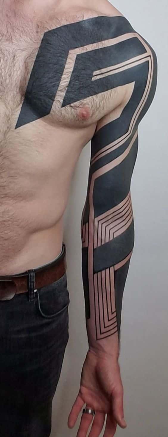 Tatuajes de hombres geometrico