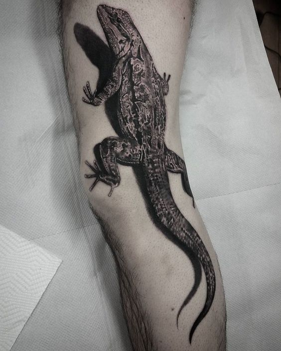 tatuajes-para-realizar-en-las-piernas-en-hombres