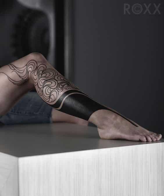 tribal mujeres pierna tatuaje 2 - 80 Tatuajes en las piernas para hombres y mujeres, tribales, delicados...