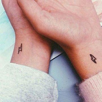 Tatuajes Pequeños Para Hombres Y Mujeres Fotos Y Diseños Geniales