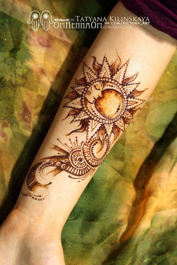 Mujeres Tatuajes Sol Y Luna (2)