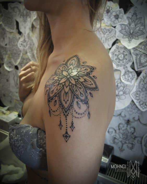Tatuaje Para El Hombbro Mujer (7)