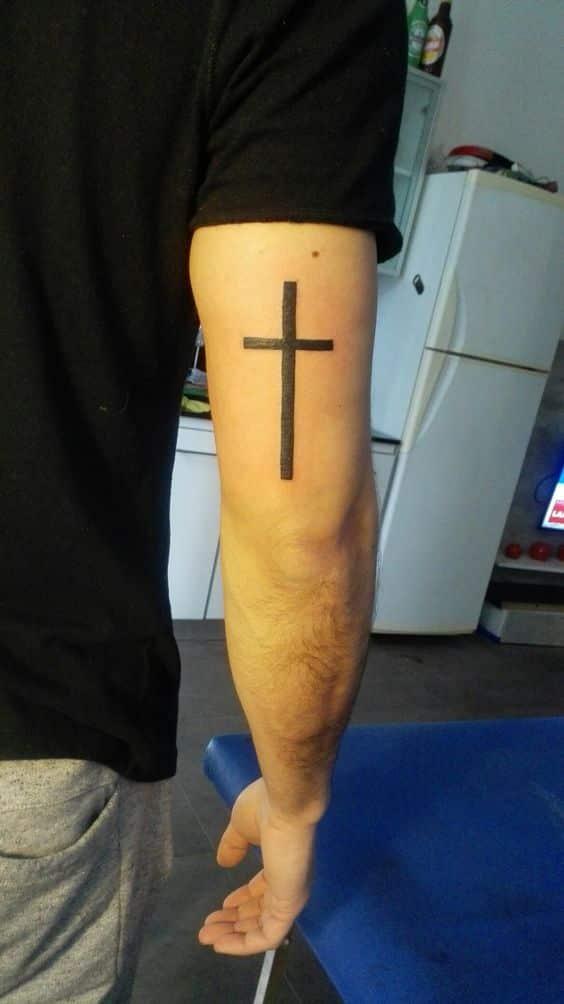 Tatuajes De Cruces En Los Brazos (10)