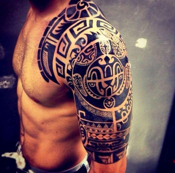Tatuajes En Los Hombros (2)
