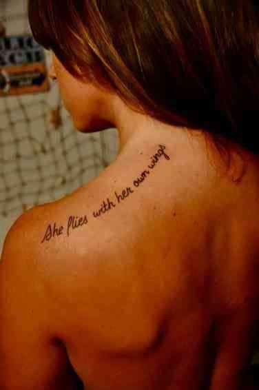 Tatuajes Para Mujeres En Los Hombros (4)