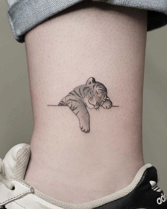 Tatuaje De Tigre Pequeños Cachorro