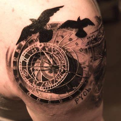 Tatuajes De Reloj En El Hombro (13)