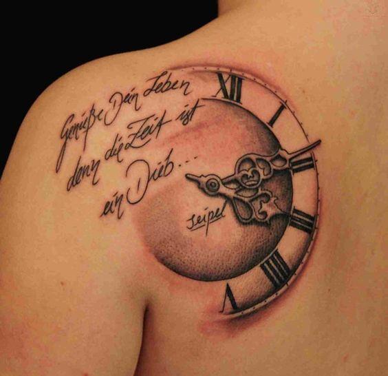 Tatuajes De Reloj En El Hombro (3)