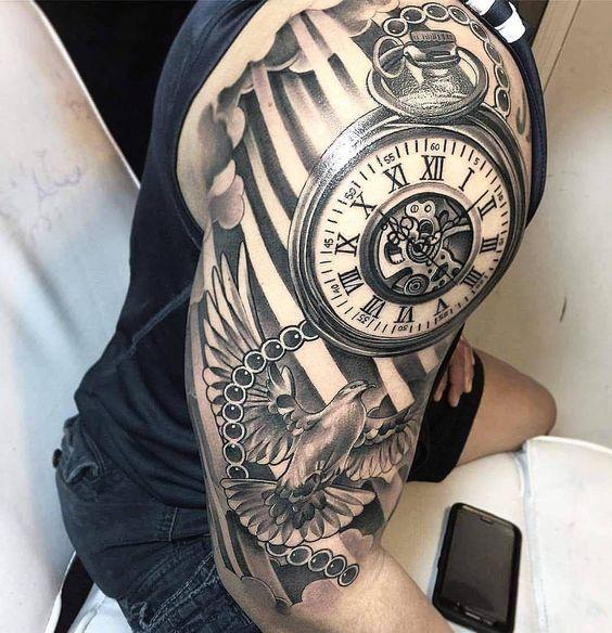 Tatuajes De Reloj En El Hombro (9)
