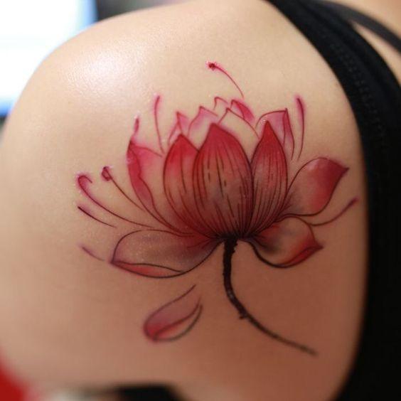 Flor De Loto Tatuaje En La Espalda (5)