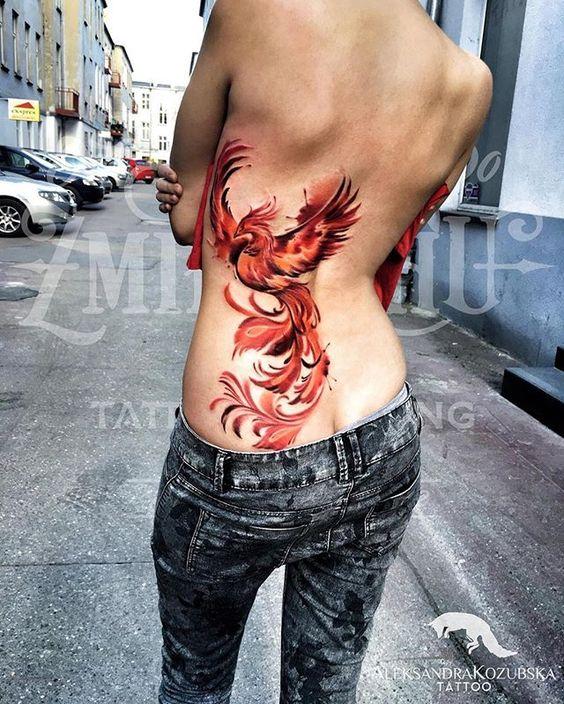 Mujeres Tatuajes De Ave Fenix (2)