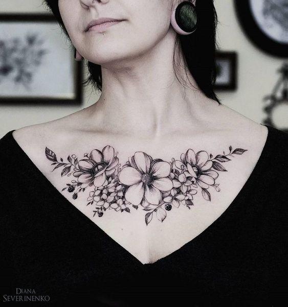Pecho Tatuajes Mujeres (5)