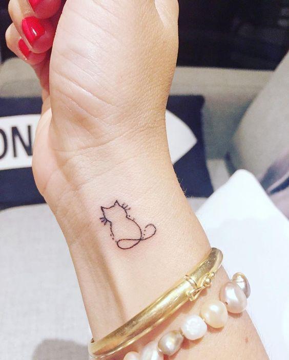 Pequeños Tatuajes De Gatos (1)
