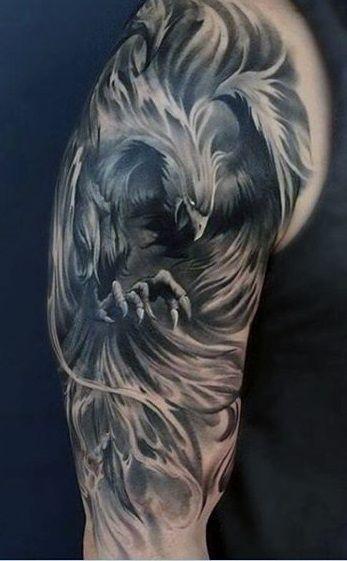 Tatuaje De Ave Fenix En El Brazo (1)