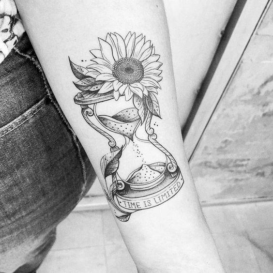 Tatuajes De Relojes De Arena (16)