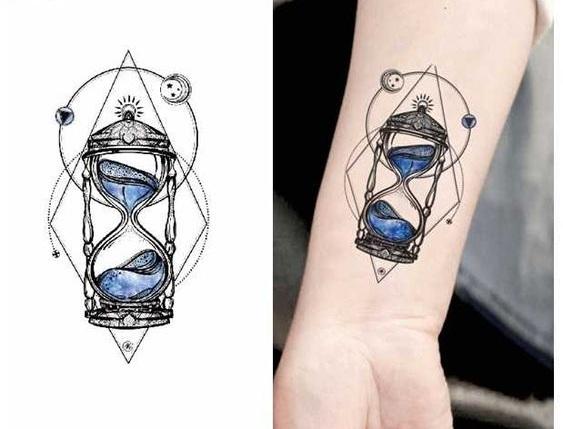 Tatuajes De Relojes De Arena (33)