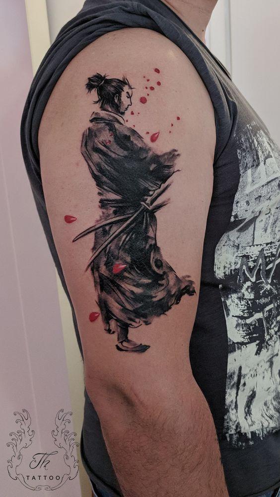 Tatuajes De Samurai En El Brazo (3)