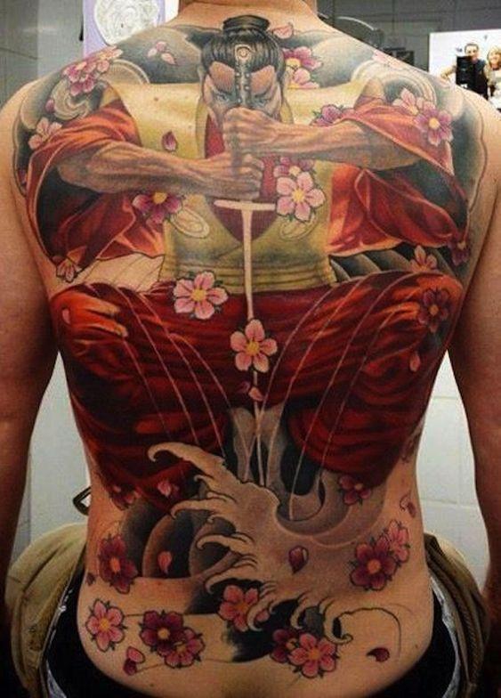 Tatuajes De Samurai En La Espalda (2)
