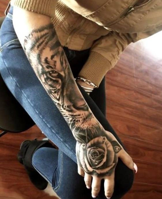 Tatuajes De Tigres En Mujeres (6)