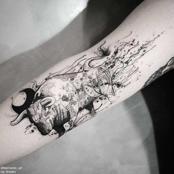 Tatuajes De Toros En El Brazo (2)