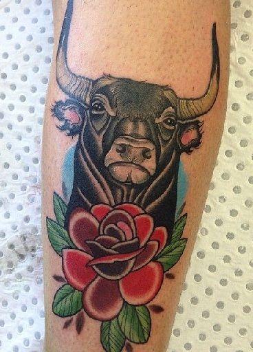 Tatuajes De Toros Para Hombres (4)
