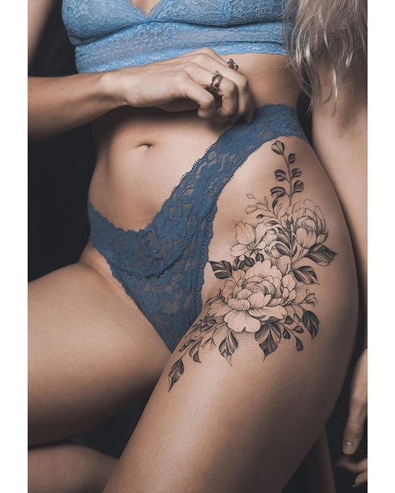 Tatuajes En La Cadera En Mujeres (2)