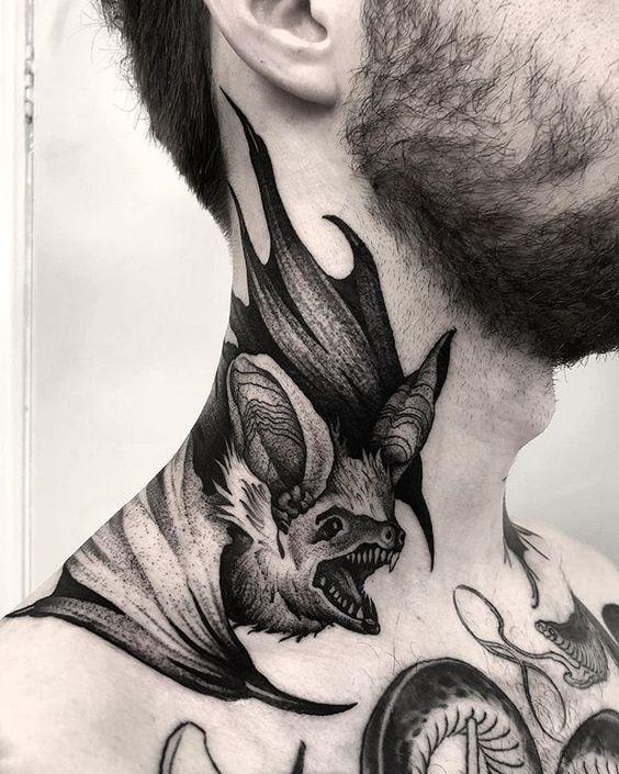 Tatuajes En El Cuello Para Hombres 1