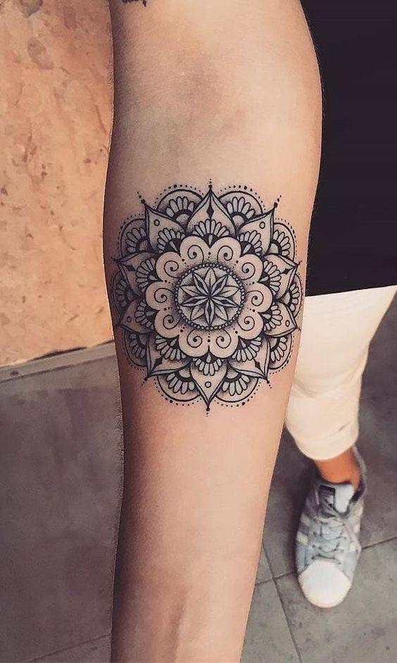 Tatuajes Mujeres Mandala 3