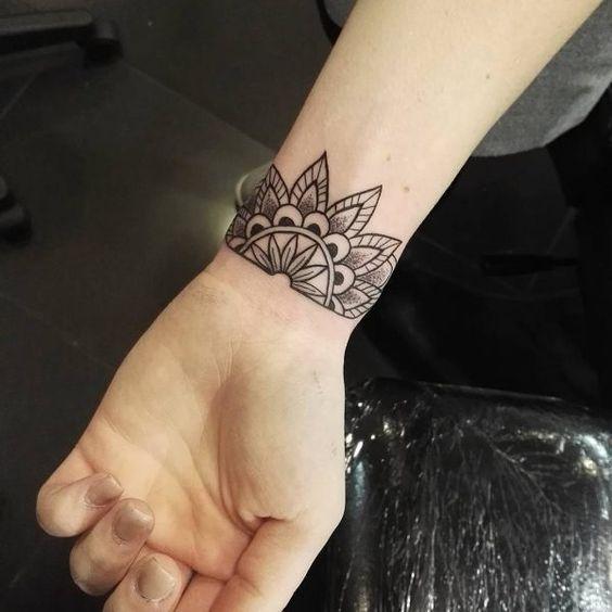 Tatuajes Mujeres Muñeca 1