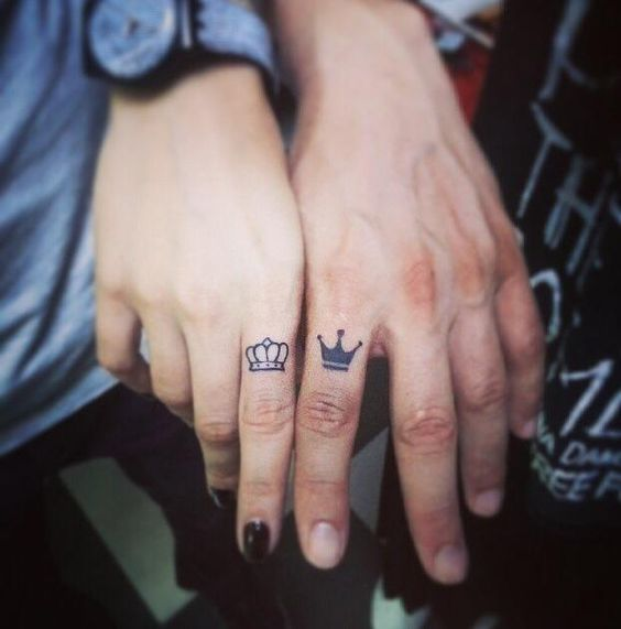 Tatuajes Pareja Coronas 2