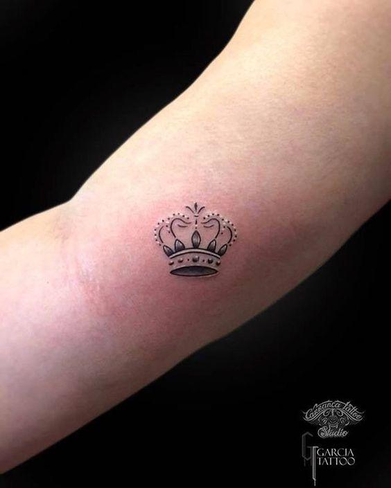Tatuajes Pequeños De Coronas 4