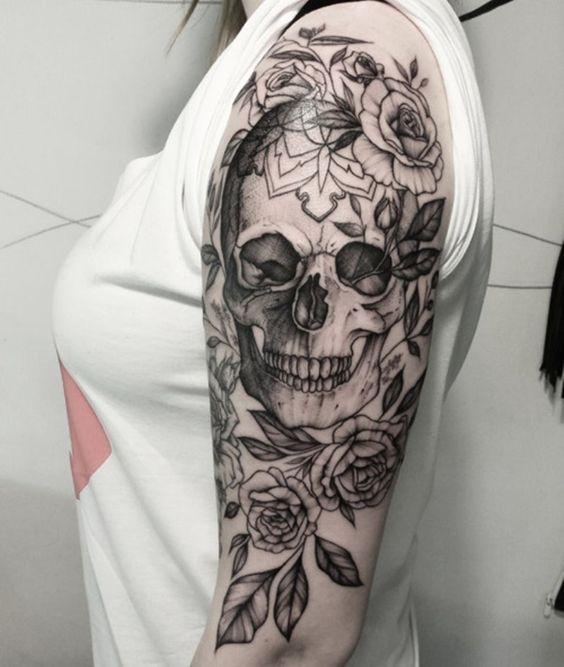 Tatouage Du Crâne Des Femmes (9)