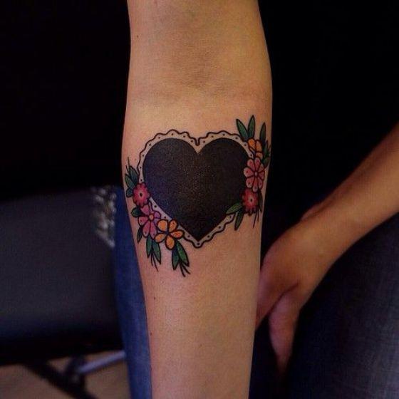 Corazon Negro Tatuaje