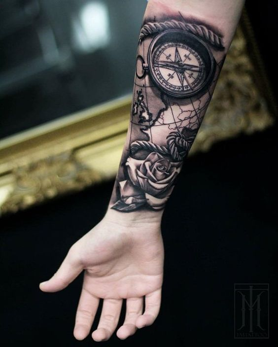 Tatouage Boussole Cartes (3)