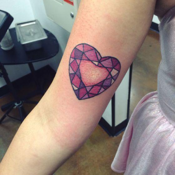 Tatouage Coeur Femme (5)