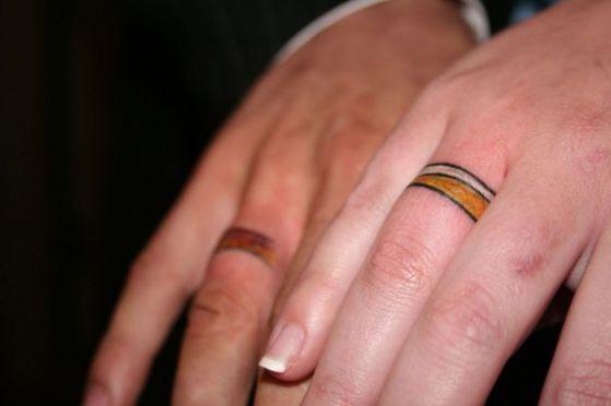 Tatouage Couple Doigts (3)