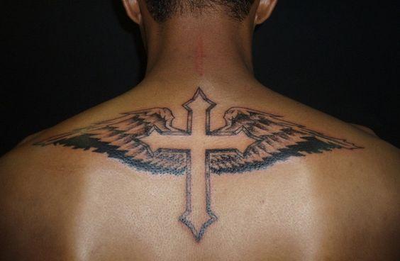 Tatouage Crois Homme (2)