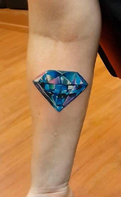 Tatouage Diamant Réaliste (3)