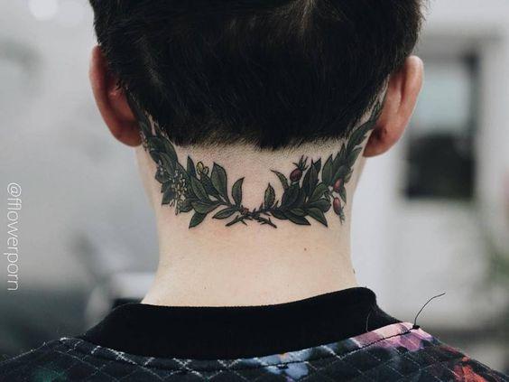 Tatouage Femme Nuque (2)