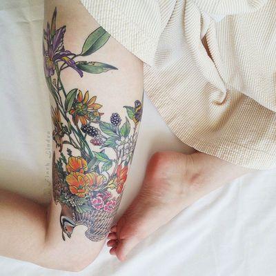 Tatouage Fleurs Jambes (1)