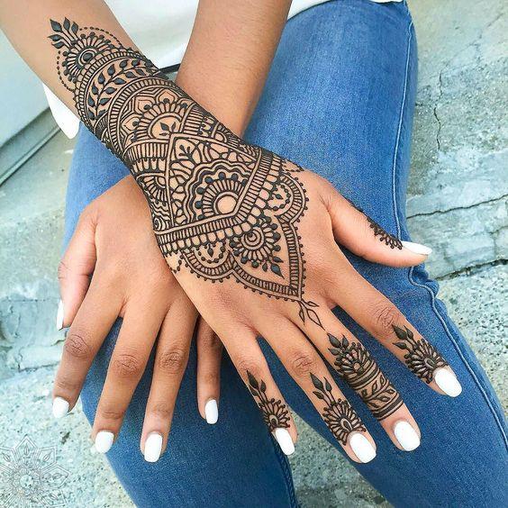 Tatouage Henne Main (1)