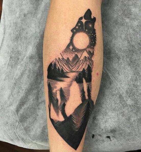 Tatouage Loup Lune (1)