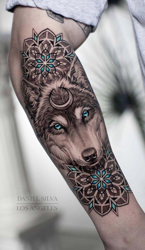 Tatouage Loup Mandala